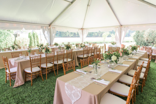 Chesapeake-shore-weddings-and-events-outdoor-wedding-set-up-eastern-shore-weddings