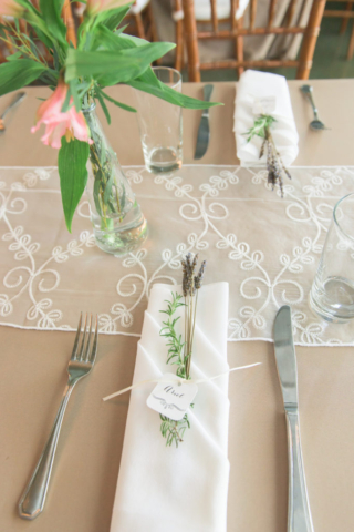 Chesapeake-shore-weddings-and-events-wedding-decor-southern-style-flowers-eastern-shore-weddings