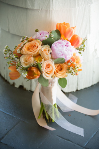 Chesapeake Shores Weddings and Events wedding ceremony flower bouquet bridal flowers eastern shore Chesapeake Bay decor